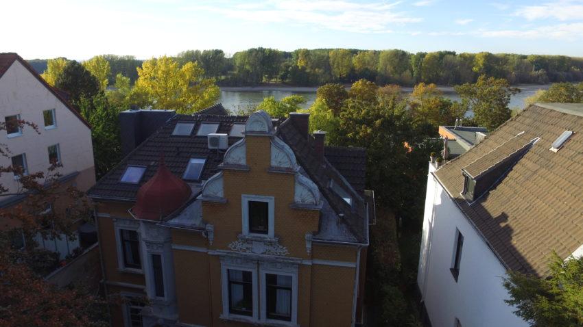 Psychotherapeutisches Institut am Rhein aus der Luft